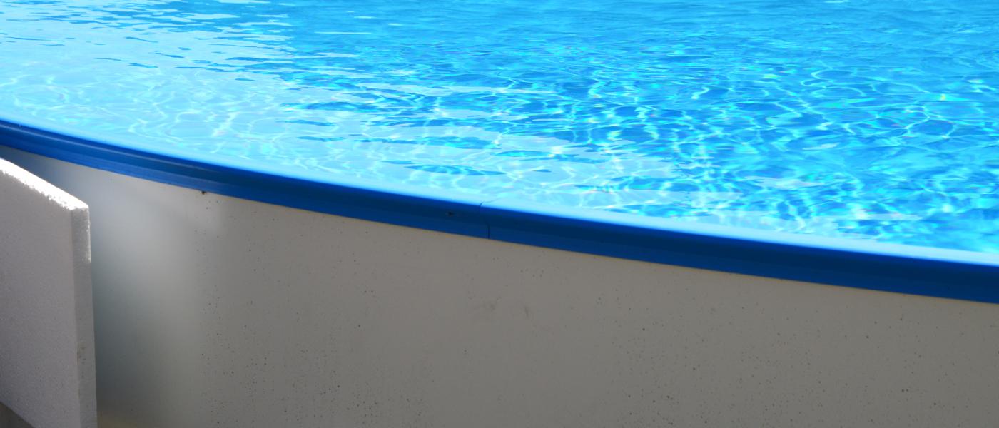 hvor dyb skal min pool være
