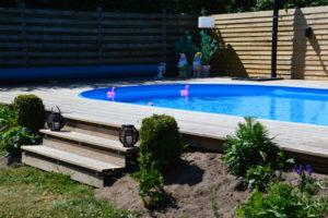 Skal poolen over eller nede i jorden? - artikle fra SolBadet.dk