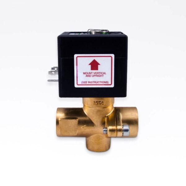 Magnetventil til automatisk tømning af generator. solbadet