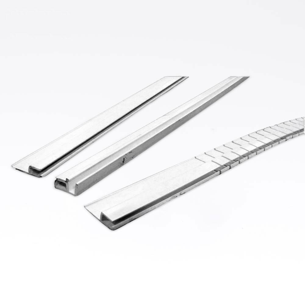 Hjørnemonteringsliste for liner, 300 cm solbadet